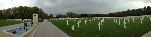luxembourg-military-cemetery-0