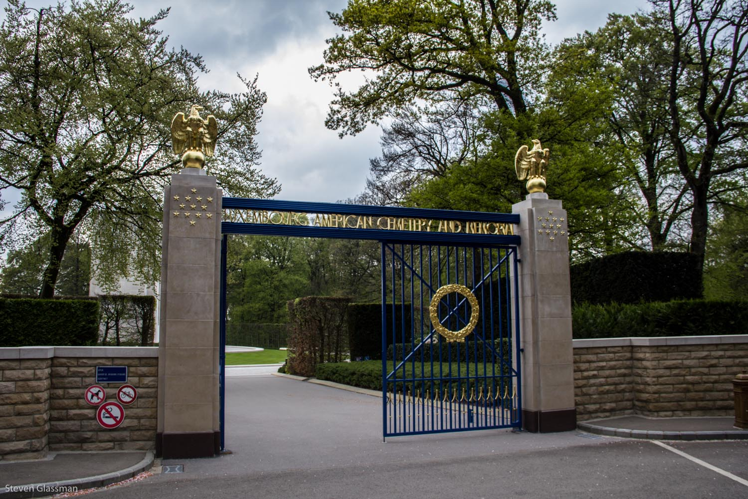 luxembourg-military-cemetery-1