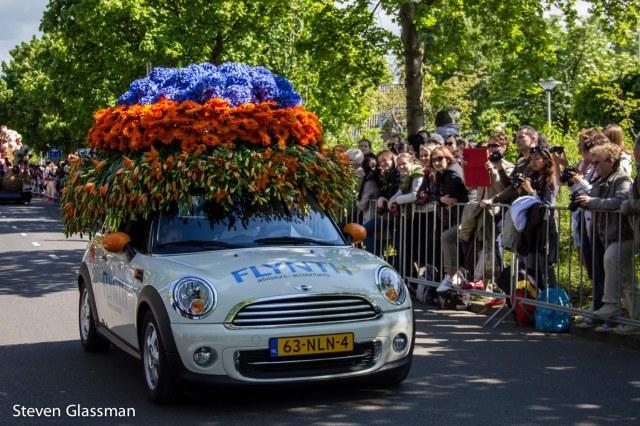 flower-parade-11