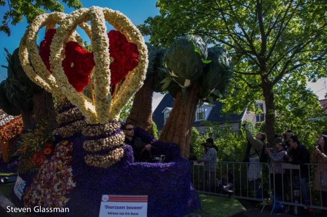 flower-parade-19
