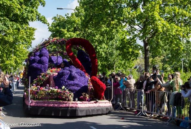 flower-parade-22