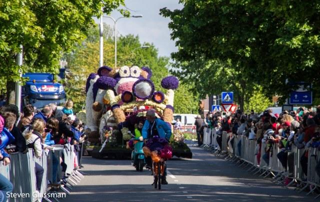 flower-parade-24