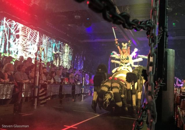 robot-cabaret-show-13