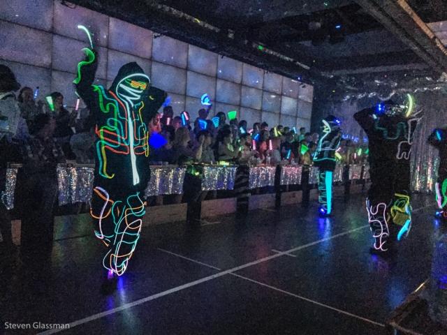 robot-cabaret-show-19