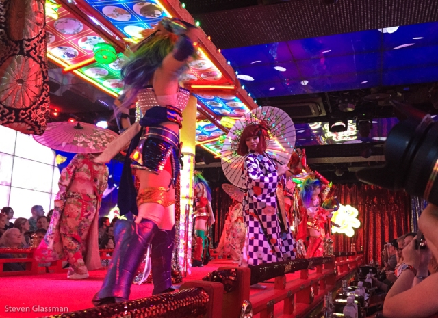 robot-cabaret-show-9